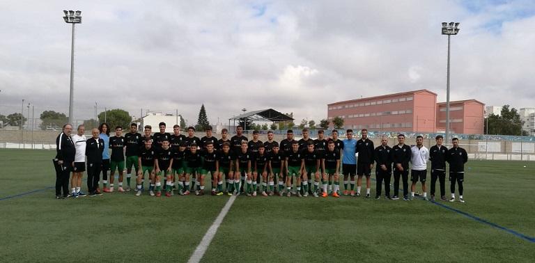 31 jugadores estuvieron a las órdenes del seleccionador andaluz con la  mirada puesta en la 1ª fase del campeonato nacional a ... 04f5318288d00